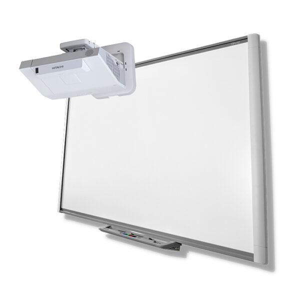 Tablica SMART SBM680 + projektor ultrakrótkoogniskowy HITACHI CP-AX2505
